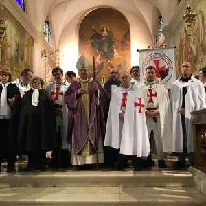 Die Katholischen Templer nehmen an der Prozession und der feierlichen Messe unter dem Vorsitz des emeritierten Bischofs, Monsignore Dino De Antoni, in Borbiago di Mira teil.